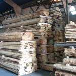 stockage bois sous abri